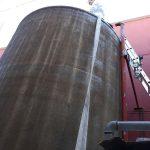 Galería fotografía del proceso de limpieza de un deposito de acumulador de agua fría en Sevilla